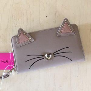 (Betsey Johnson) Cat stud ear wristlet